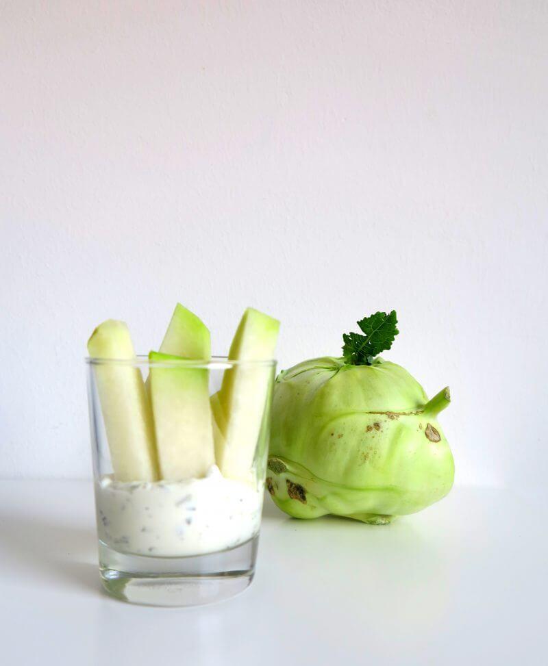 Gemüsesticks mit Kräuterquark