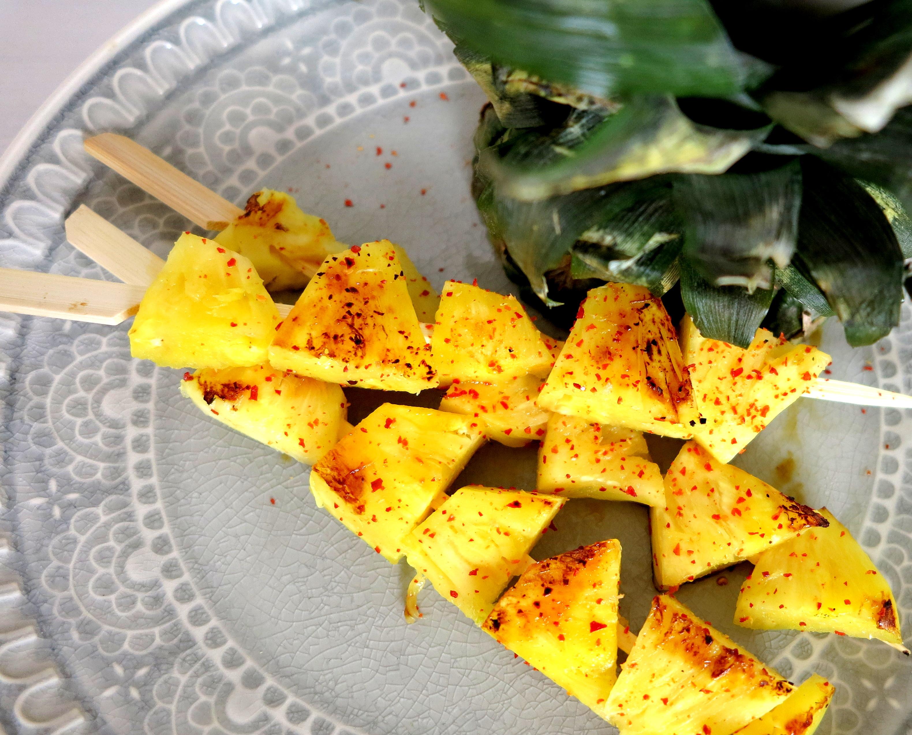 Scharfe Ananas-Spieße
