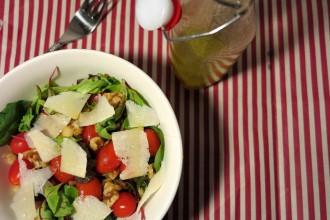 Italienischer Salat Low Carb mit Honig Senf Dressing