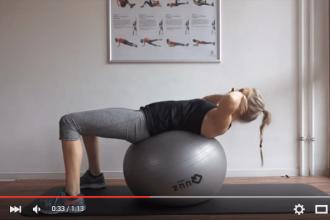 Gymnastikball Übungen Bauch