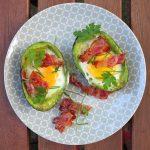 Gefüllte Avocado - das Schlankheitsgeheimnis zum Frühstück