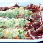 Saftiges Spinat-Ricotta Hähnchen Backofen Rezept mit Käse überbacken