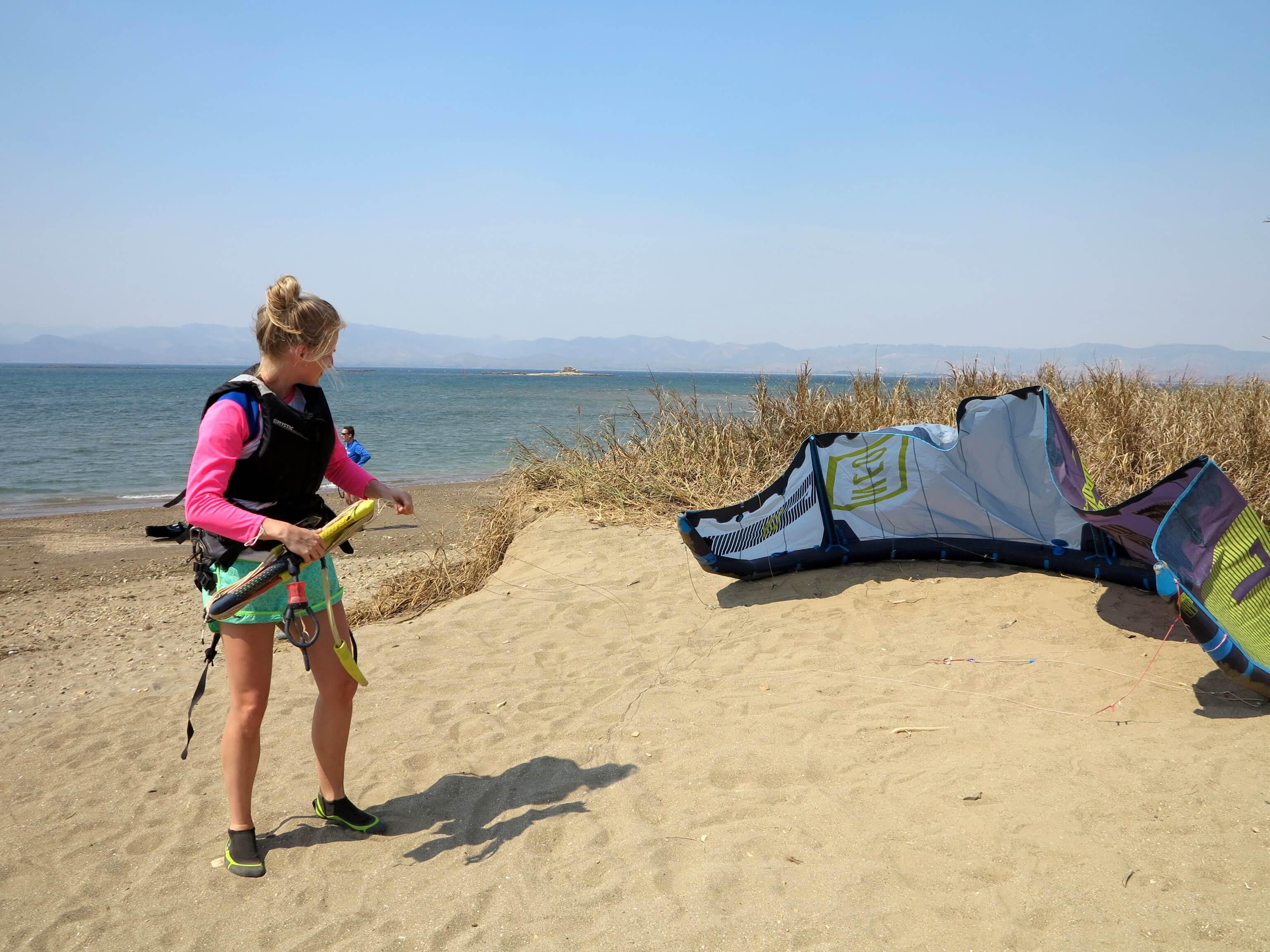 Bevor es losgehen kann muss der Kite vorbereitet werden
