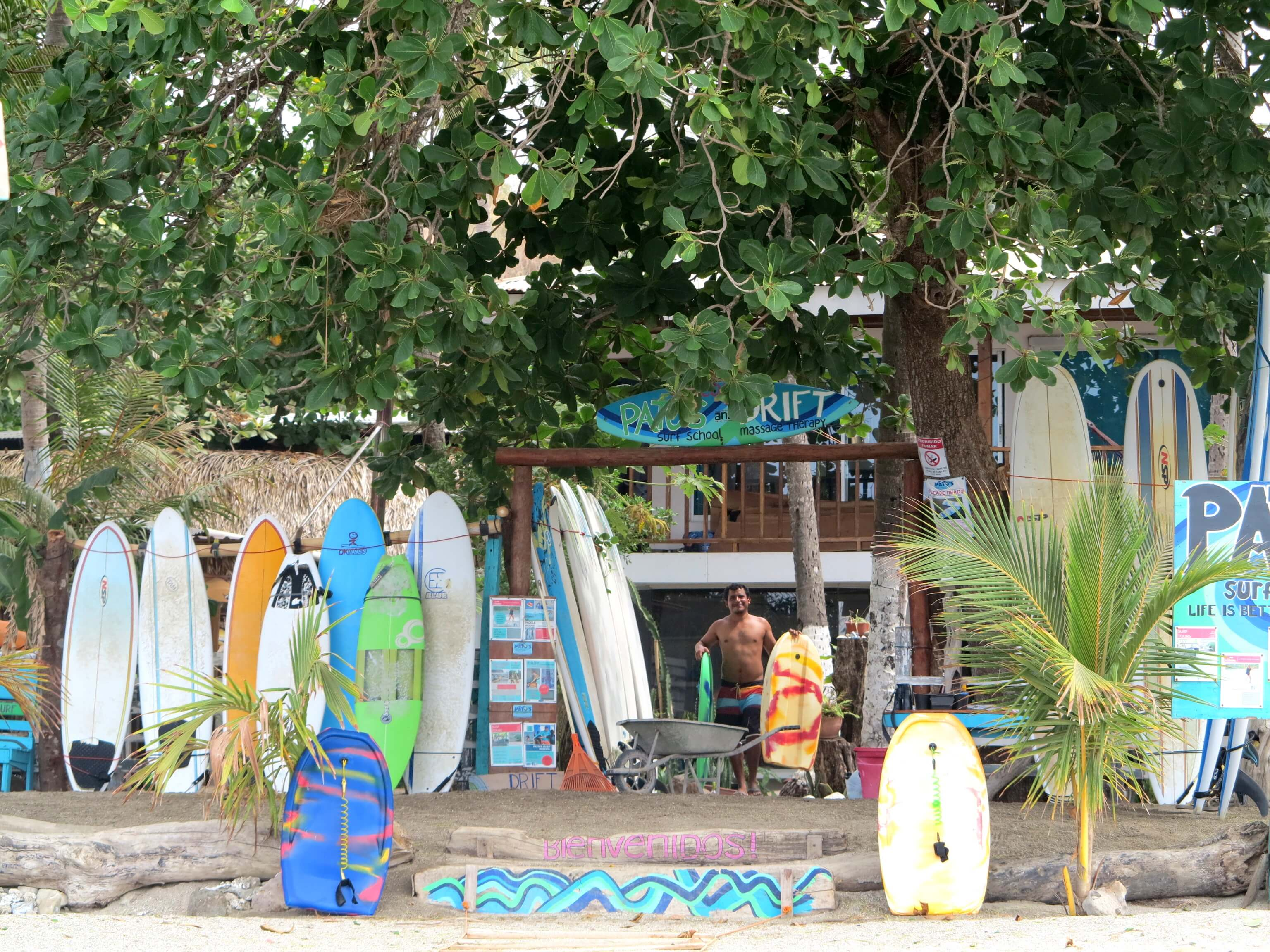 Patos Surfschule in Samara