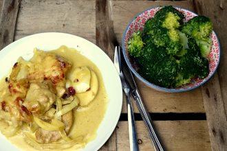 Low Carb Hähnchen Curry mit Äpfeln, Mangochutney und Preiselbeeren