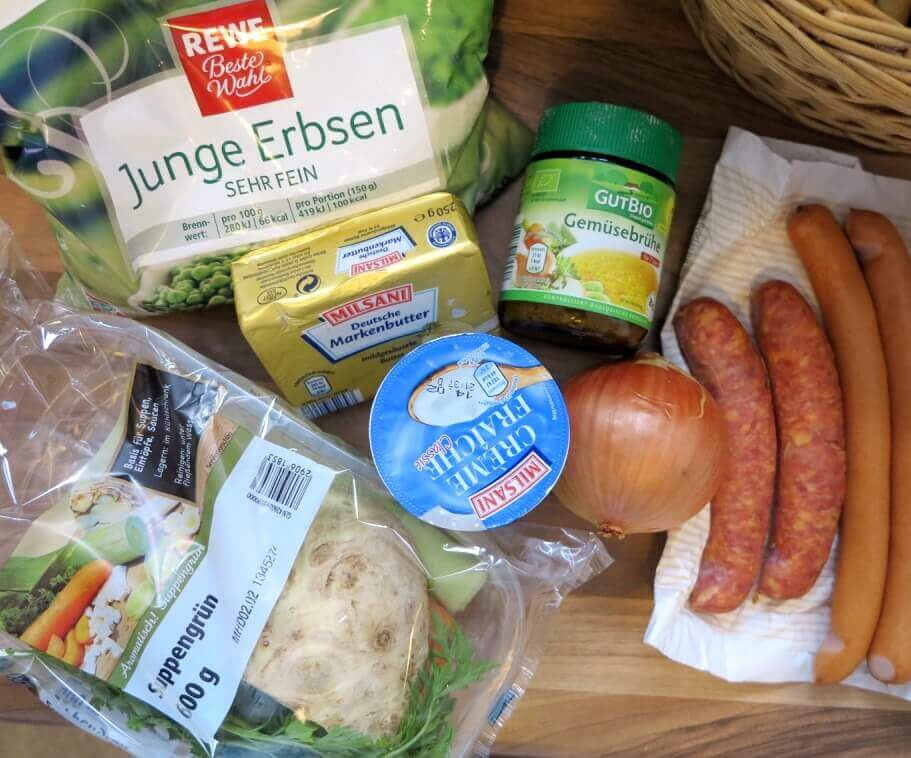 Low Carb Erbsensuppe