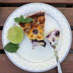 Cremiger Low Carb New York Cheesecake mit Heidelbeeren und Mohn