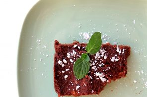 American Brownie Low Carb aus einem Süßkartoffel-Kakao-Teig