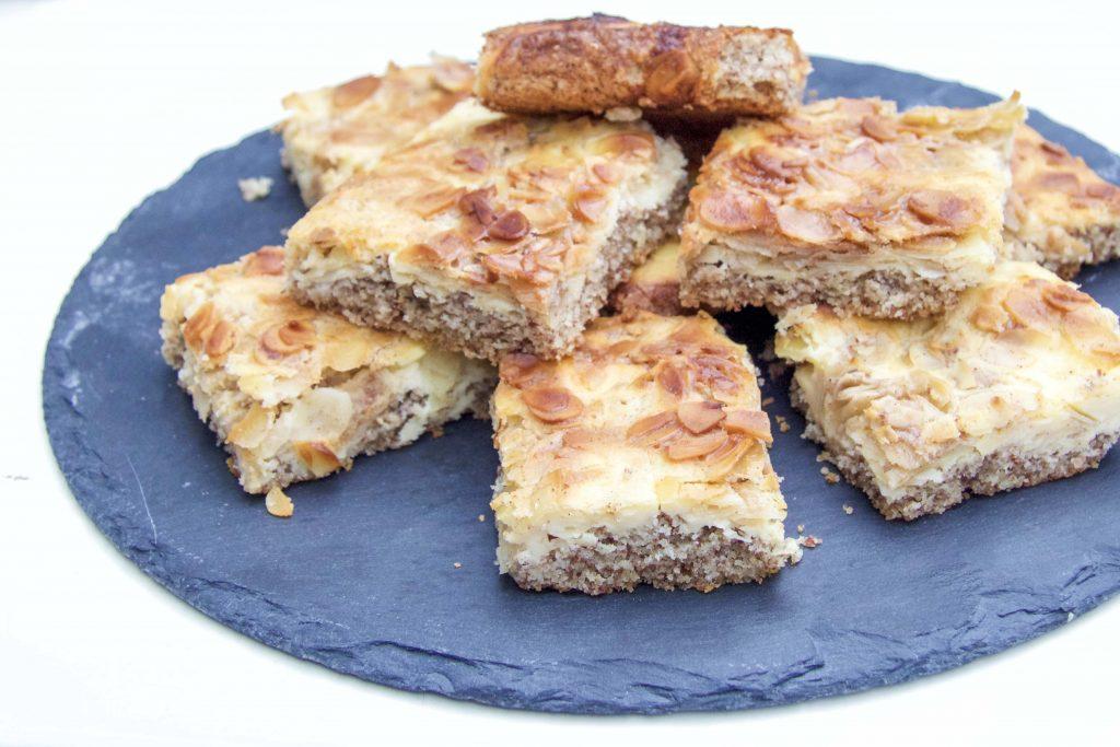 Saftiger Low Carb Butterkuchen ohne Mehl