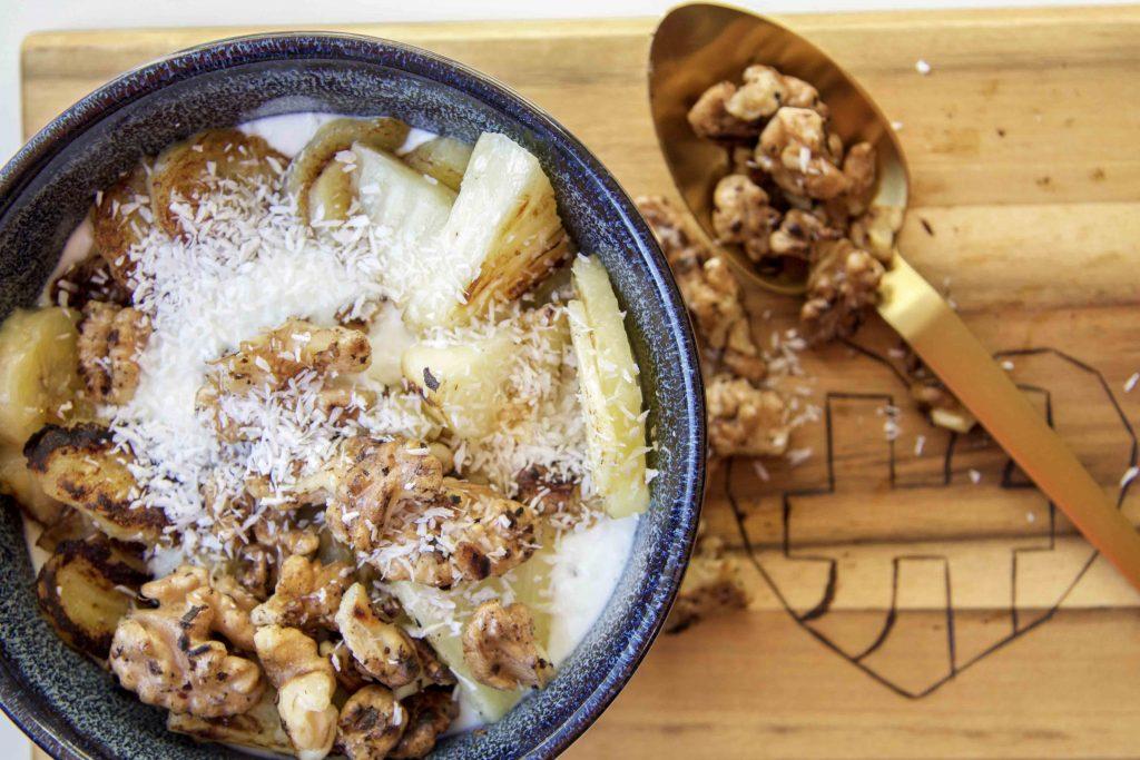 Low Carb Frühstück mit Ananas