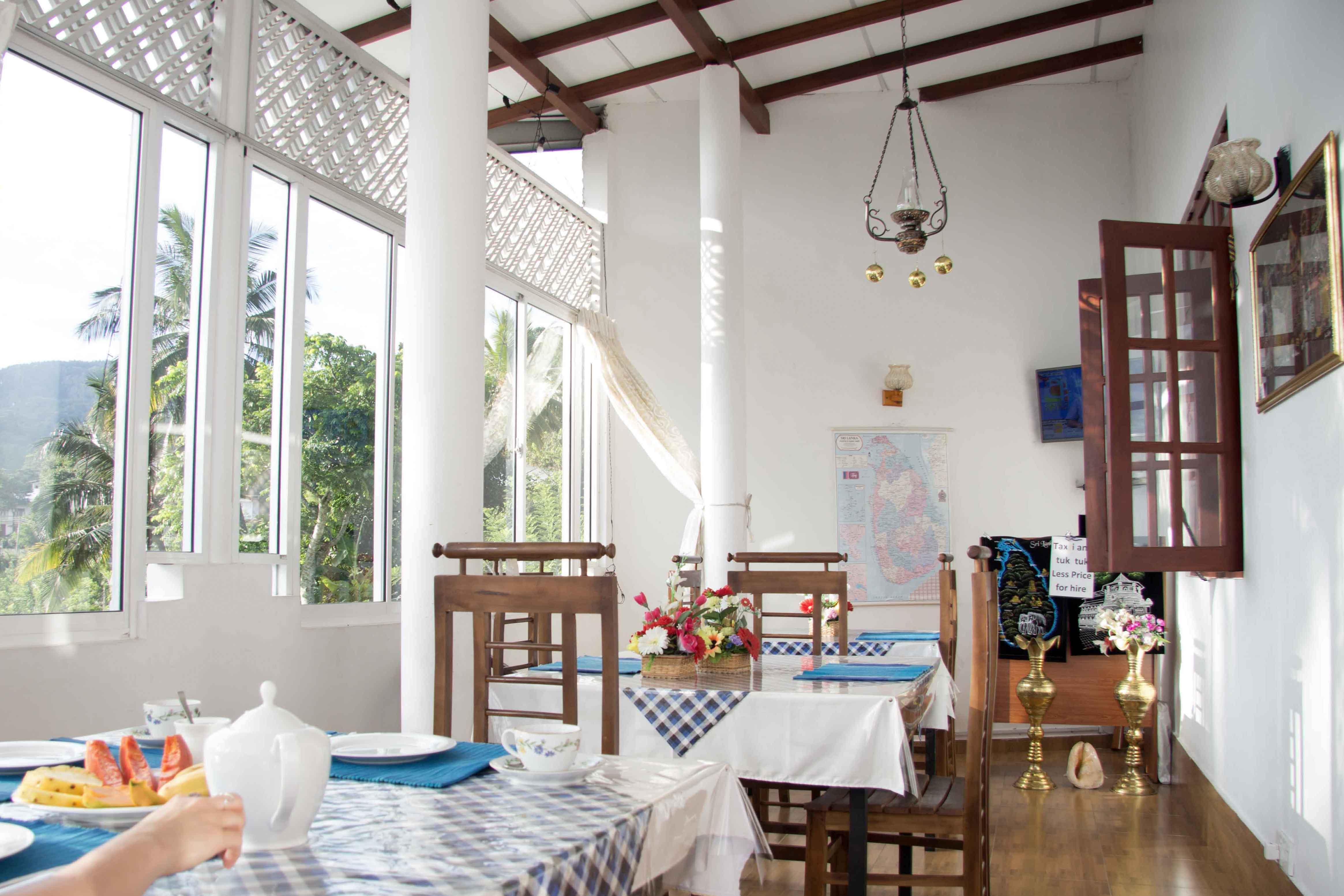 Frühstücksraum Unterkunft in Kandy