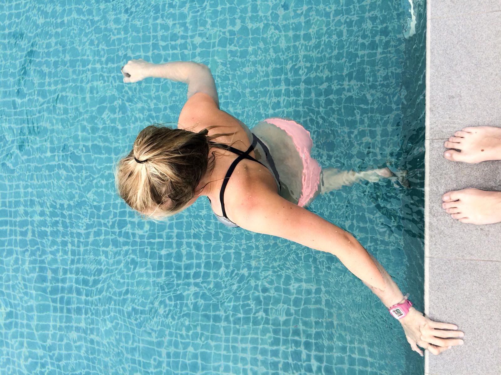 Pool anstatt Baden im Meer - Mirissa