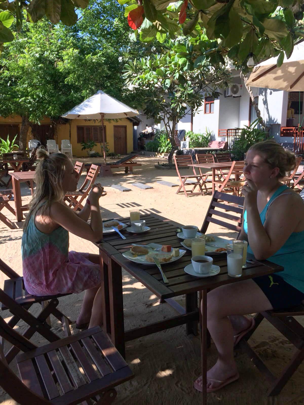 Frühstücken im Hotel Bay Vista in Arugam Bay