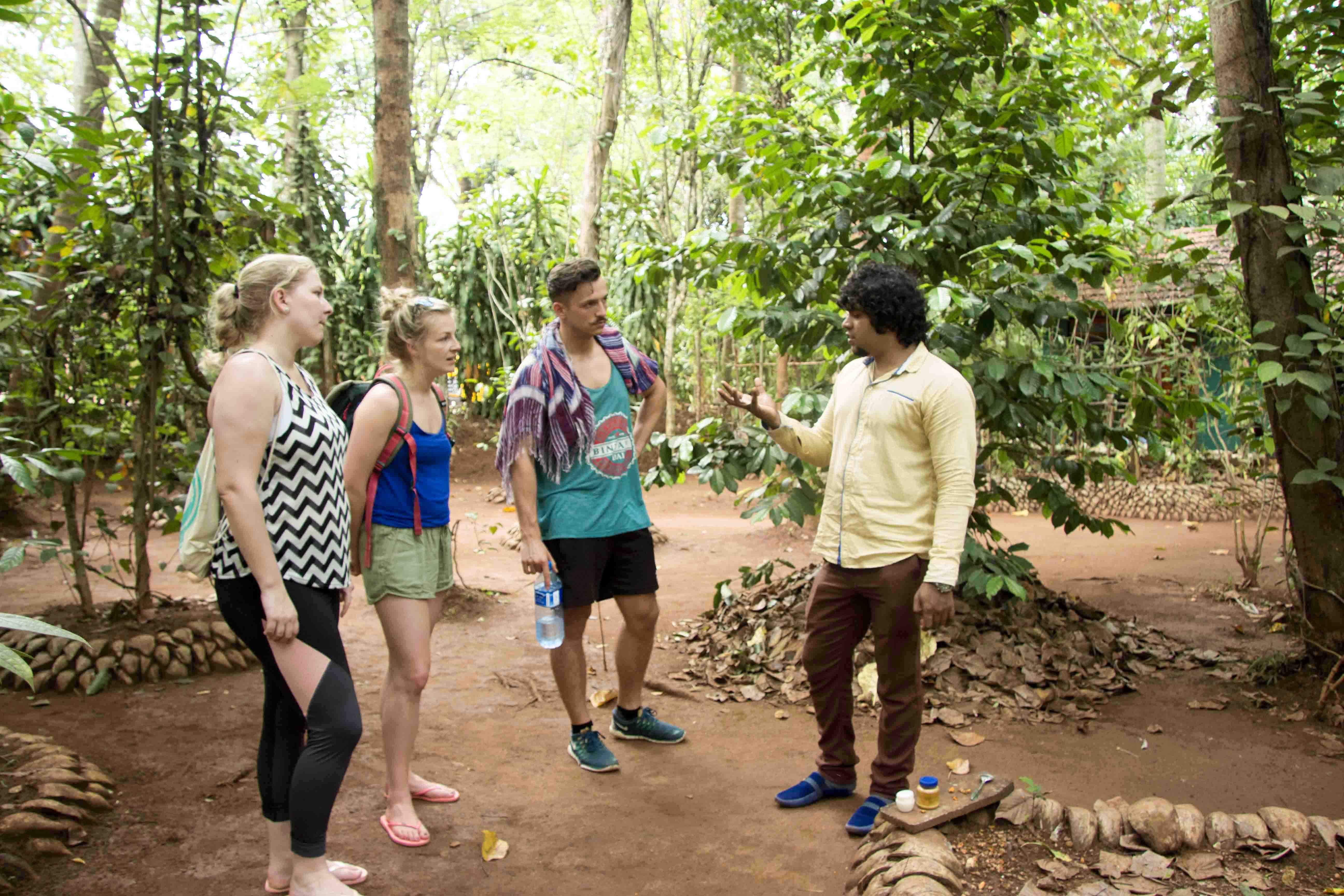 Führung durch den Heil- & Kräutergarten in der Nähe von Dambulla