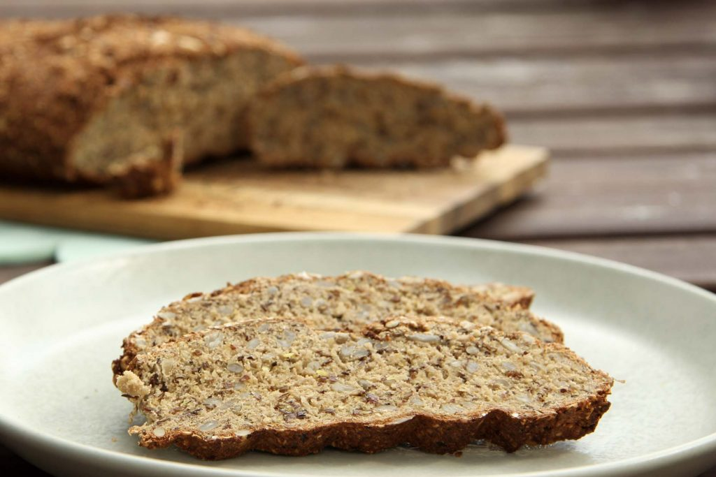 Kohlenhydratarmes Brot mit Mandelmehl