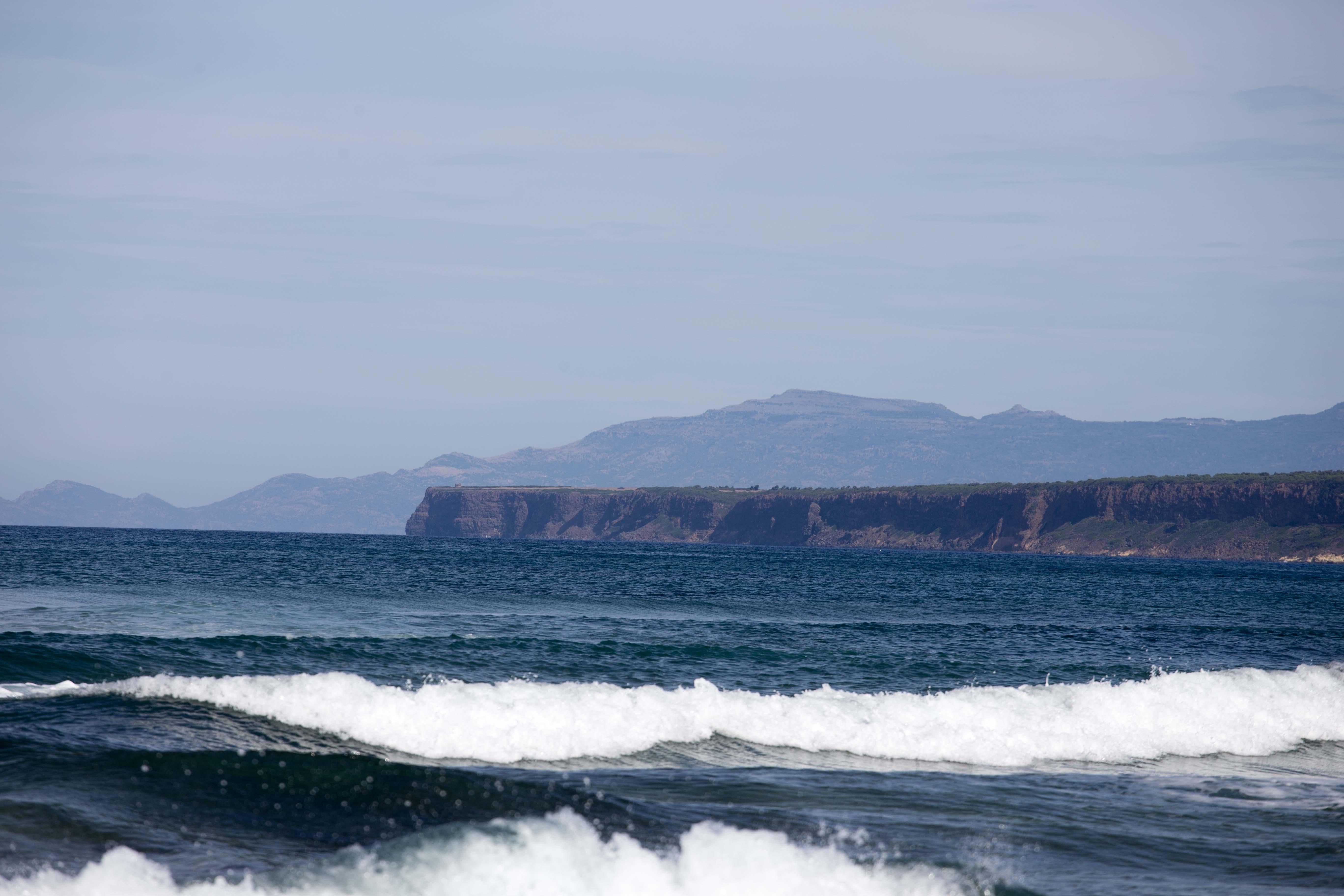 Surfspot S'Archittu - im Westen von Sardinien