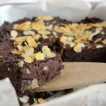 Avocado-Brownies ohne Zucker & Mehl